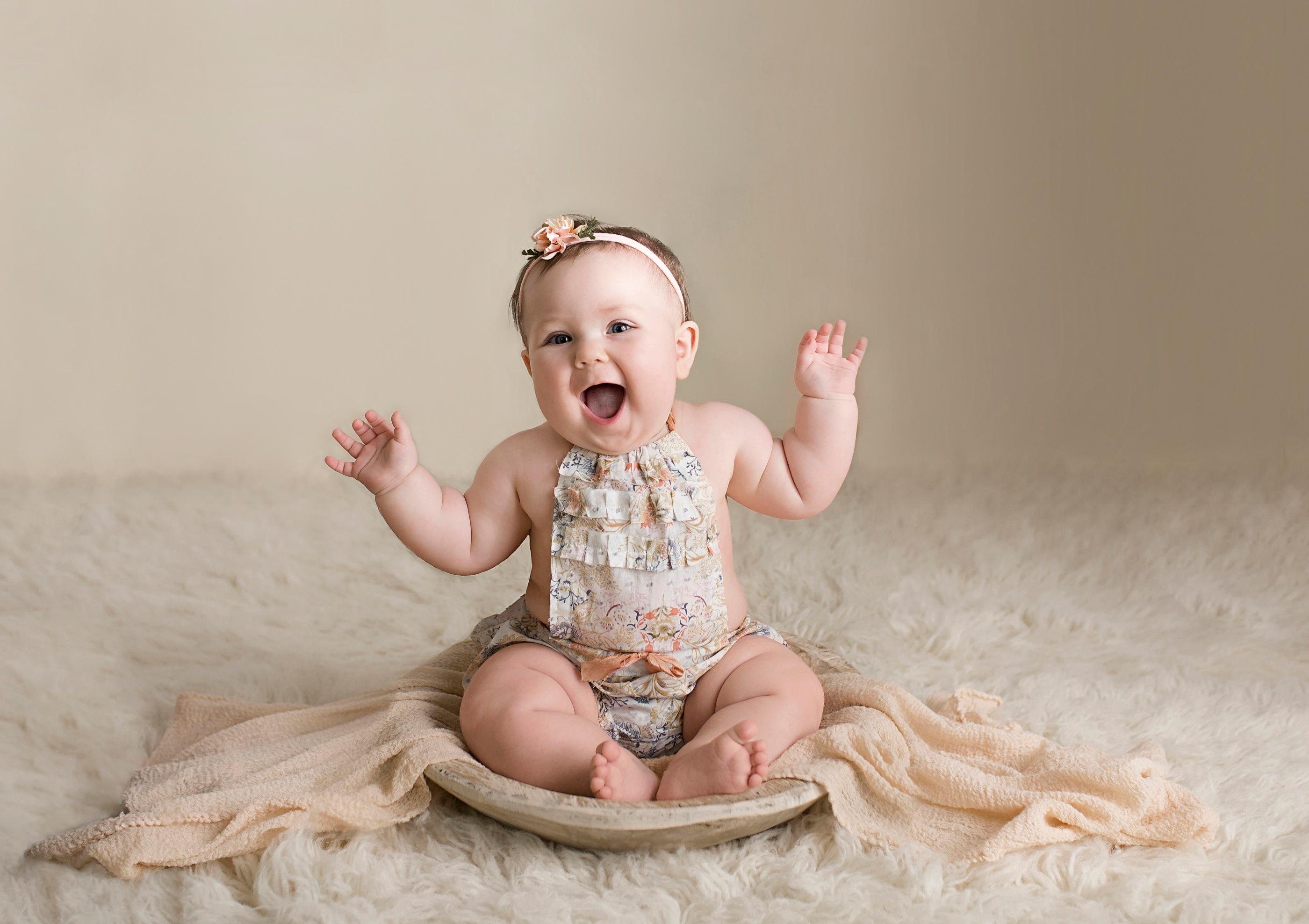 Sonne Sitter Milestone {Howell Brighton Ann Arbor Baby Photographer }
